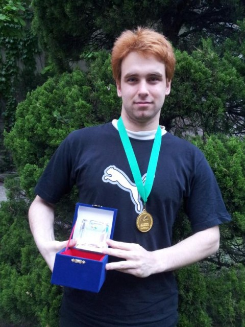 Емил Калайджиев с наградите