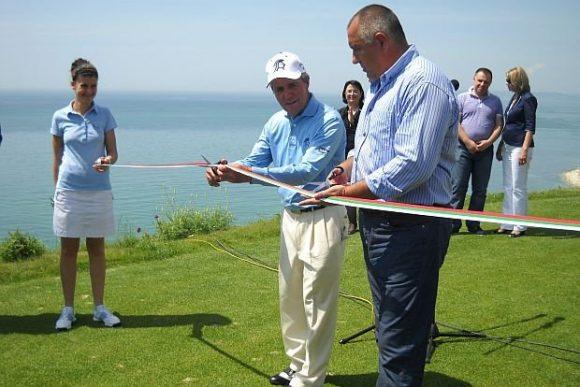 Борисов открива голфкомплекса на Красимир Гергов, заради който България е осъдена от Европейския съд.