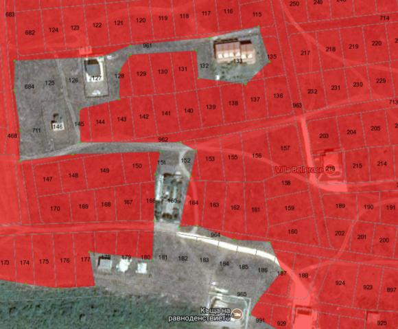 Кой строил – строил. Терените в червено са урегулирани, но с новата зона Калиакра ще имат забрана за строеж. Зоната заобикаля вече построените вили.