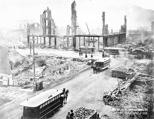Кръстовището на Стейт и Медисън след пожара