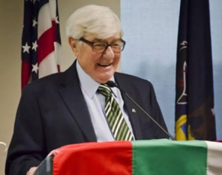Проф. Спас Райкин на честването на неговата 90-годишнина в Страудсбърг, Пенсилвания
