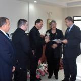 """Посещение в министерство на външните работи на Хондурас. Вляво – директор на дирекция """"Външна политика"""" Роберто Очоа"""