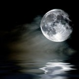 full_moon_reflection