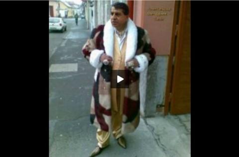 Бат' Сали в друго амбоа. Снимка: Скрийншоп от видео, качено в Медиапул.