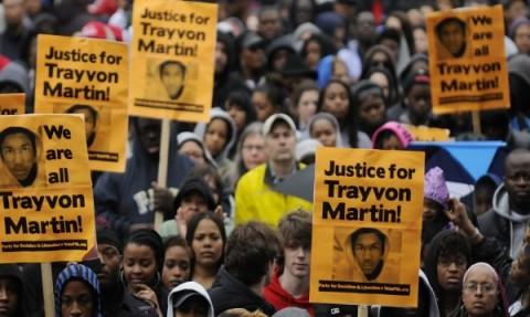 Момент от демонстрациите, предшествали решението за оправдаването на убиеца на Трейвън Марин. Снимка: Ройтерс