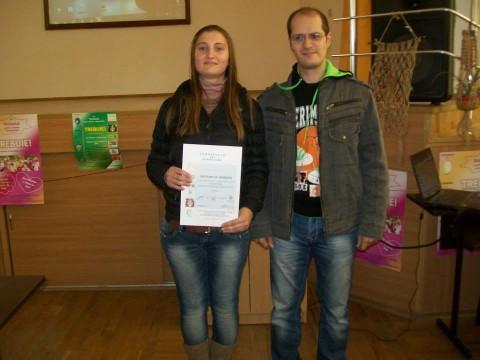 Светлана Георгиева със свой колега доброволец