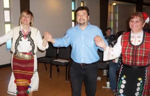 От ляво: Марияна Митова, Бойко Митов, Атанаска Генчева