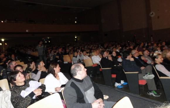 Horo_concert publika