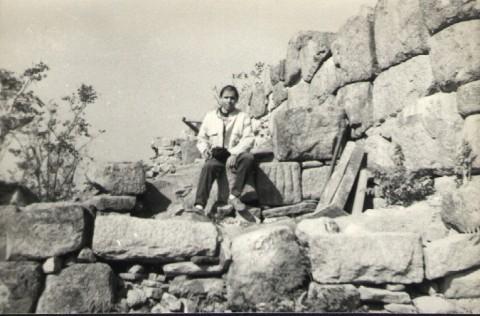 Циклопските крепостни стени на град Евмолпия, които са северната стена на жреческия орфически храм, свързан с Богинята-майка