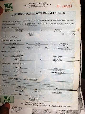 Хондураският акт за раждане на Борис Симеон Еленков Рейес, посочващ българския му произход