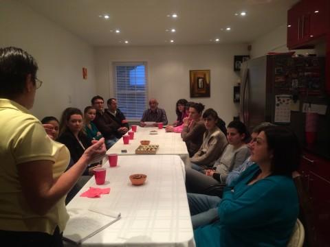 Български емигранти в Ричмънд обсъждат идеята за откриването на българско училище в града.
