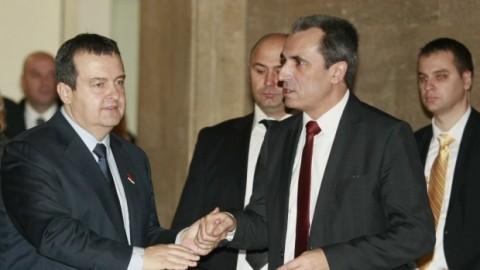 Дачич и Орешарски демонстрират добросъседски отношения. Снимка: Рressadaily.bg