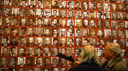 """През 2009 г. Националната художествена галерия представи изложбата """"Без следа? Лагерът """"Белене"""" 1949 - 1959 и след това..."""". Снимка: Анелия Николова, в. """"Дневник"""""""