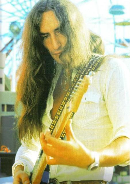 Кен Хенсли. Снимка: Rockodd.blogspot.com