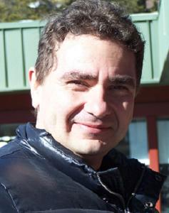 Д-р Виктор Хинов. Снимка:
