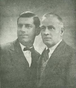Владимир Биков (вляво) http://dianakolarova.blogspot.com/2010_12_01_archive.html