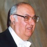 Проф. Любомир Динолов http://bnr.bg/post/100083463/pamet-za-pianista-i-pedagoga-lubomir-dinolov