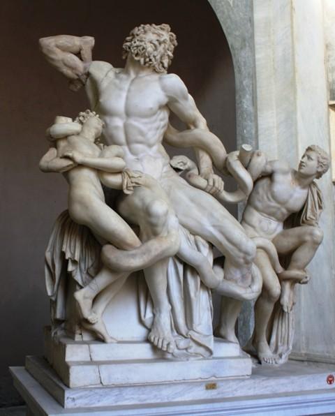 Лаокоон и синовете му в смъртна схватка със змея. Копие на знаменитото произведение на Александър от Родос, създадено през II в. пр.н.е.
