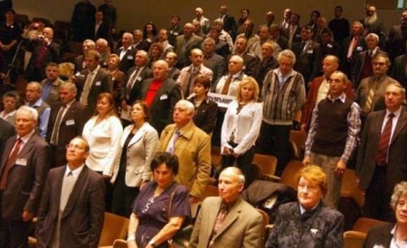 Снимка: Участниците през 2012 г. Архив на Petel.bg