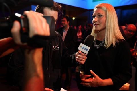Стратиева пред камерите и микрофоните на спортни журналисти
