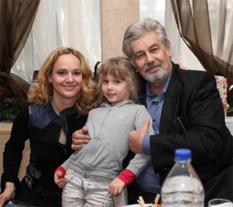Параскева Джукелова с Мастера и дъщеря с