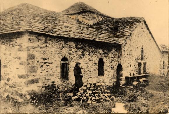 Снимка на историческата черква в Батак от книгата на Гандев