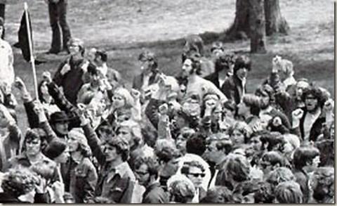 Първомайска демонстрация в Kent State University в Охайо, 1970 г. Снимка: Рdxretro.com