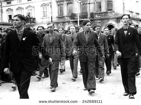 Демонстрация на 1 май 1948 г. в полския град Ясло (Jaslo). Снимка: Shutterstock.com