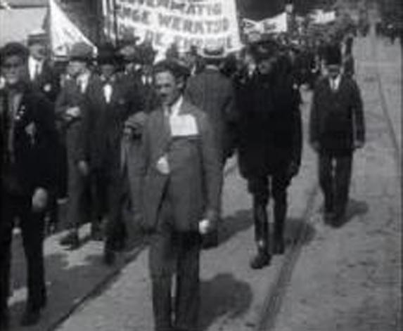 Демонстрация в Нидерландия за осем часа на ден, 1924 г. Снимка: en.wikipedia.org