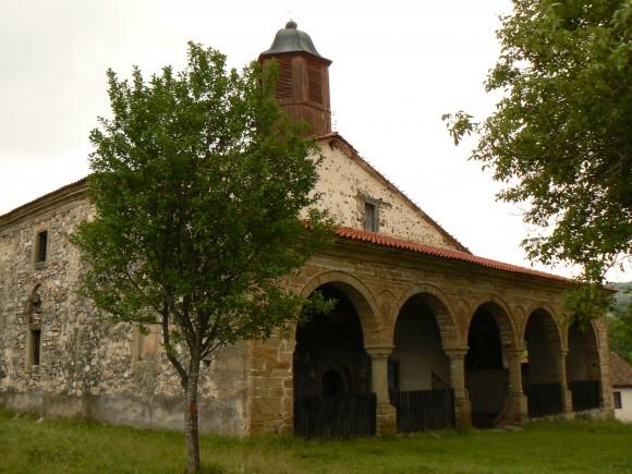 """Историческата черква """"Св. Троица"""" в с. Извор, Босилеградско"""