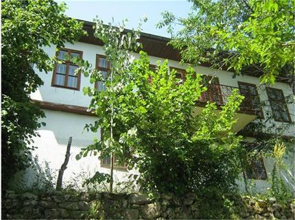 """Къщата за гости към Зелениковския скит. Снимка Милен Нанков, в. """"Труд"""""""