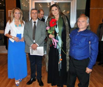 От ляво надясно: Поли Паскова, проф. Владко, Патриция Кирилова, Иван Николов