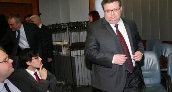 Настоящият главен прокурор Цацаров (на преден план на снимката) на конференция, посветена на 120-годишнината от приемането на Наказателния кодекс. Снимка БГНЕС