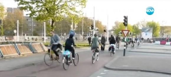 """Как изглеждат велоалеите в други европейски страни. Снимка: Скрйншот от видео на в. """"24 часа"""""""