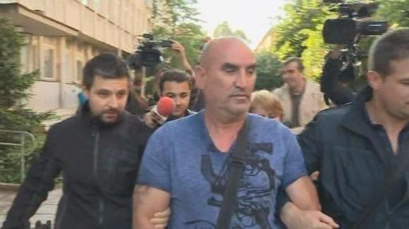 Зрелищното арестуване на Ценко Чоков. Снимка: БНТ