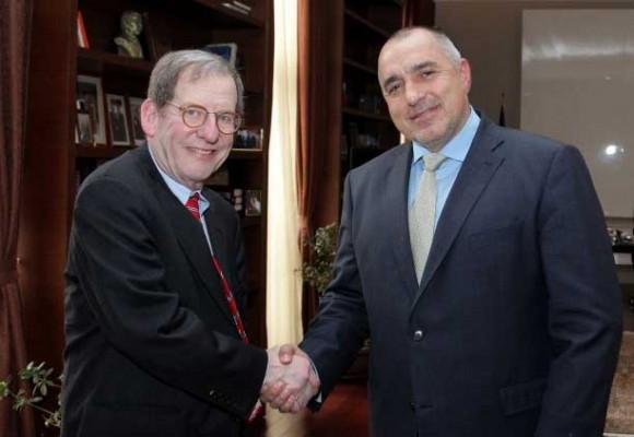 Ричард Морнингстар и Бойко Борисов през февруари 2012 г. Снимка: Министерски съвет на Р. България