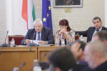 Момент от дискусията в българския парламент, която е игнорирана от ГЕРБ. Снимка: Иван Стоименов
