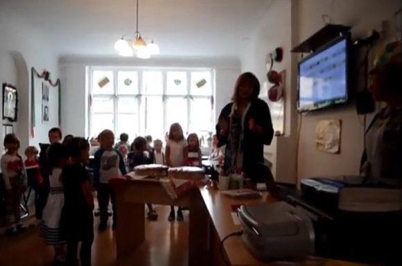 Снимка: Скрийншот от видео на Деси Оханианс