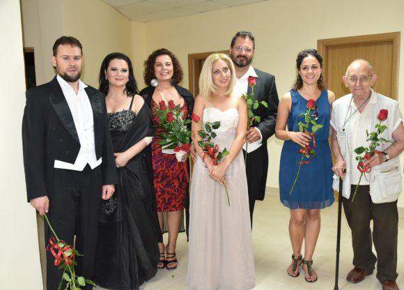 Снимка от концерт н чест на Никола Гюзелев в родния му град Павликени