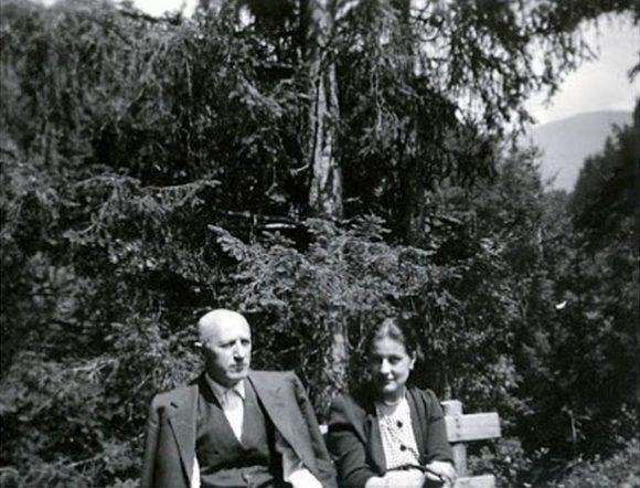 Иван Михайлов с проф. Анна Бъчварова в Италия. Снимка: Македонски научен институт