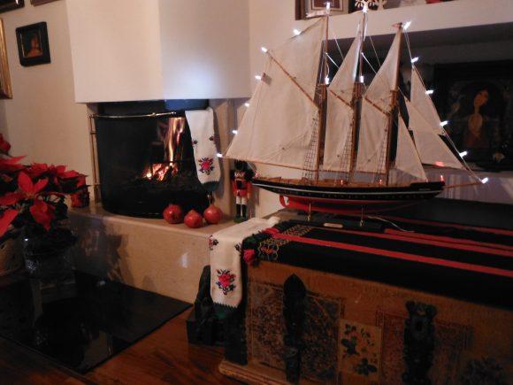 Коледен кораб, който в