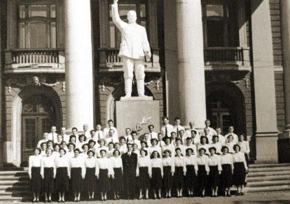 Паметник на Сталин във Варна, която в първите години на соца е премиенувана с неговото име. Източник: socbg.com