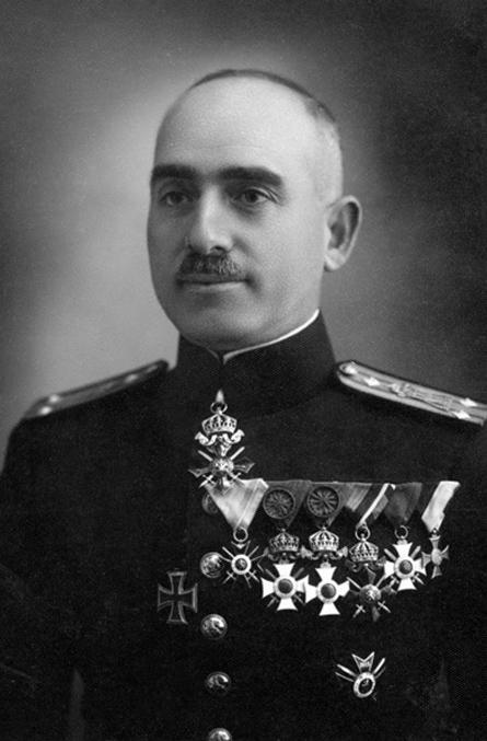 Петър Димков във военна униформа
