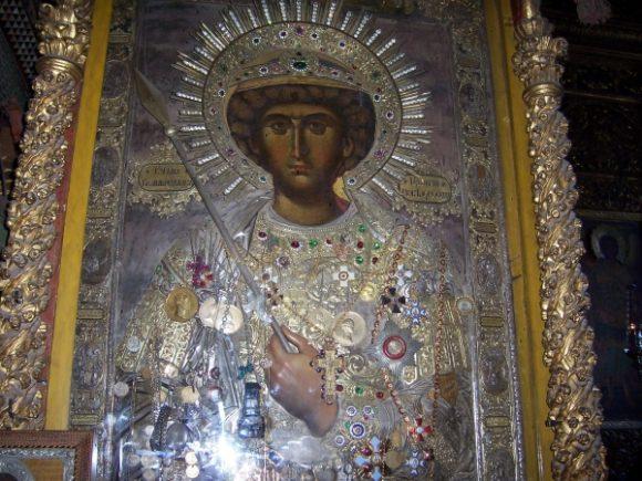 Чудотворната икона на св. Георги Победоносец в българския Зографски манастир в Атон