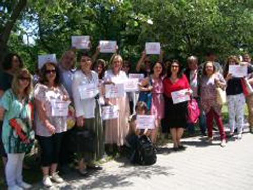 Протест пред БНР в защита на Радио България. Снимка: Къдринка Къдринова, СБЖ