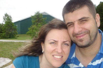 Антон Димитров със съпругата си в едни по-щастливи времена, преди ракът да го покоси