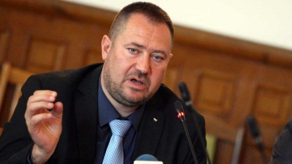 Петър Харалампиев